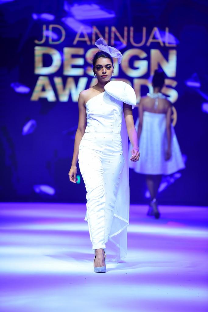 MARIÉE EN CRISTAL mariÉe en cristal MARIÉE EN CRISTAL –JD Annual Design Awards 2019 | Fashion Design MARI  E EN CRISTAL    JD Annual Design Awards 2019 Fashion Design 6