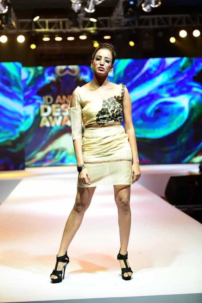 NACKTHEIT KUBISMUS nacktheit kubismus NACKTHEIT KUBISMUS–JD Annual Design Awards 2019 | Fashion Design NACKTHEIT KUBISMUS JD Annual Design Awards 2019 10