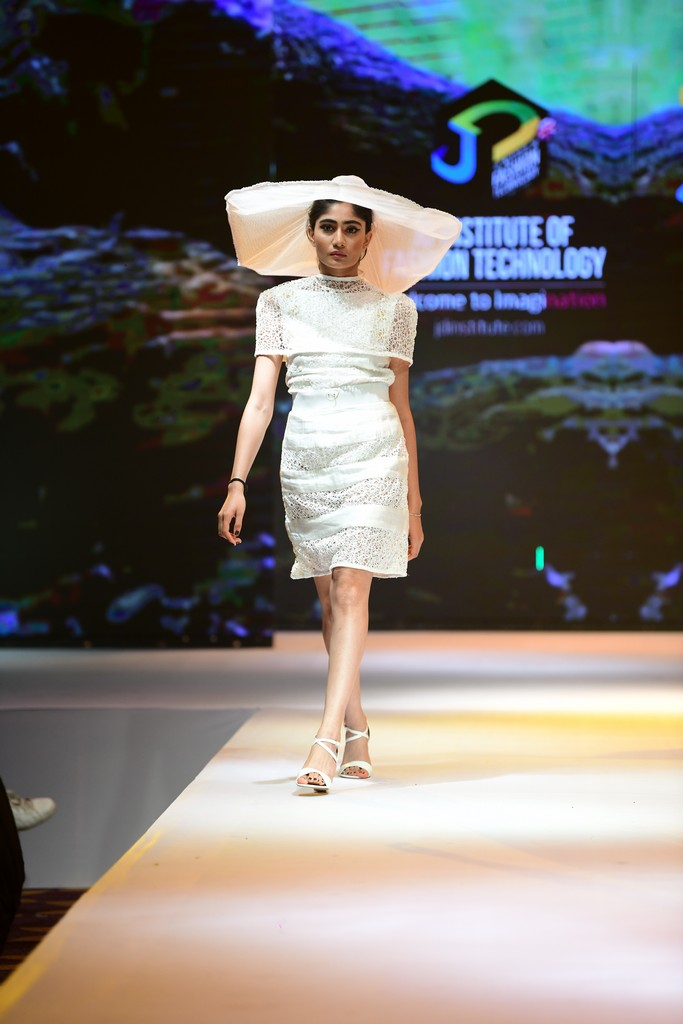 THE VEILED LADY the veiled lady THE VEILED LADY–JD Annual Design Awards 2019 | Fashion Design THE VEILED LADY   JD Annual Design Awards 2019 Fashion Design 13