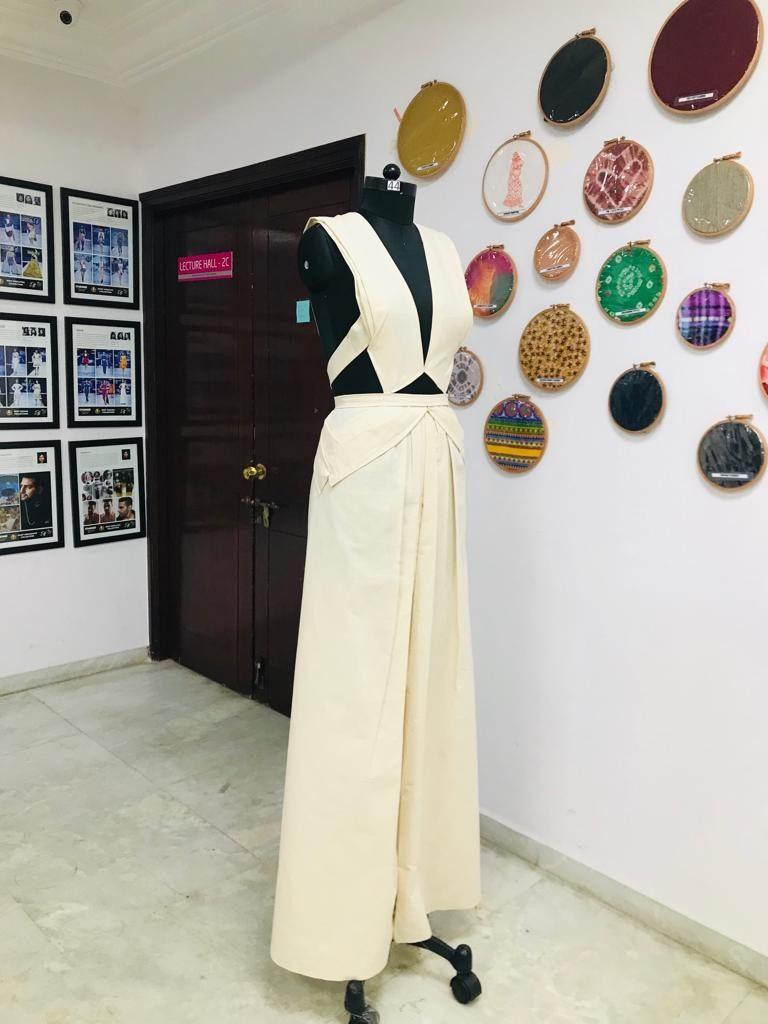 draping FASHION DRAPING – A DESIGNER'S BLUE PRINT Weekend Batch 2019 Draping Display 23 768x1024