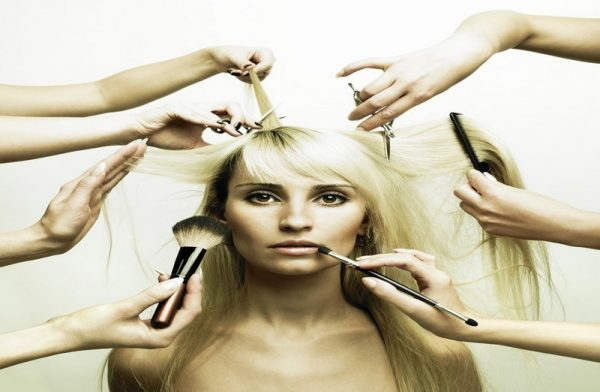 Diploma in Hair Styling – 1 Month Hair Styling 1 600x392  Cochin Campus – Kerala Hair Styling 1 600x392