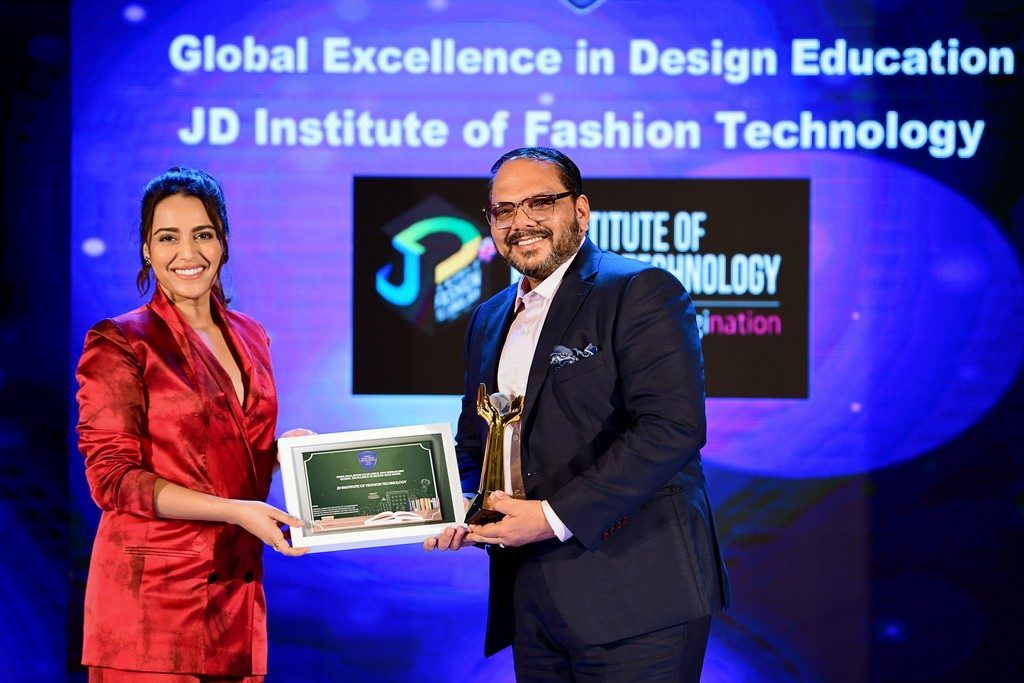 fashion designing institute Home Page JD INSTITUTE RECEIVES GLOBAL EXCELLENCE IN DESIGN EDUCATION AWARD 1 1024x683