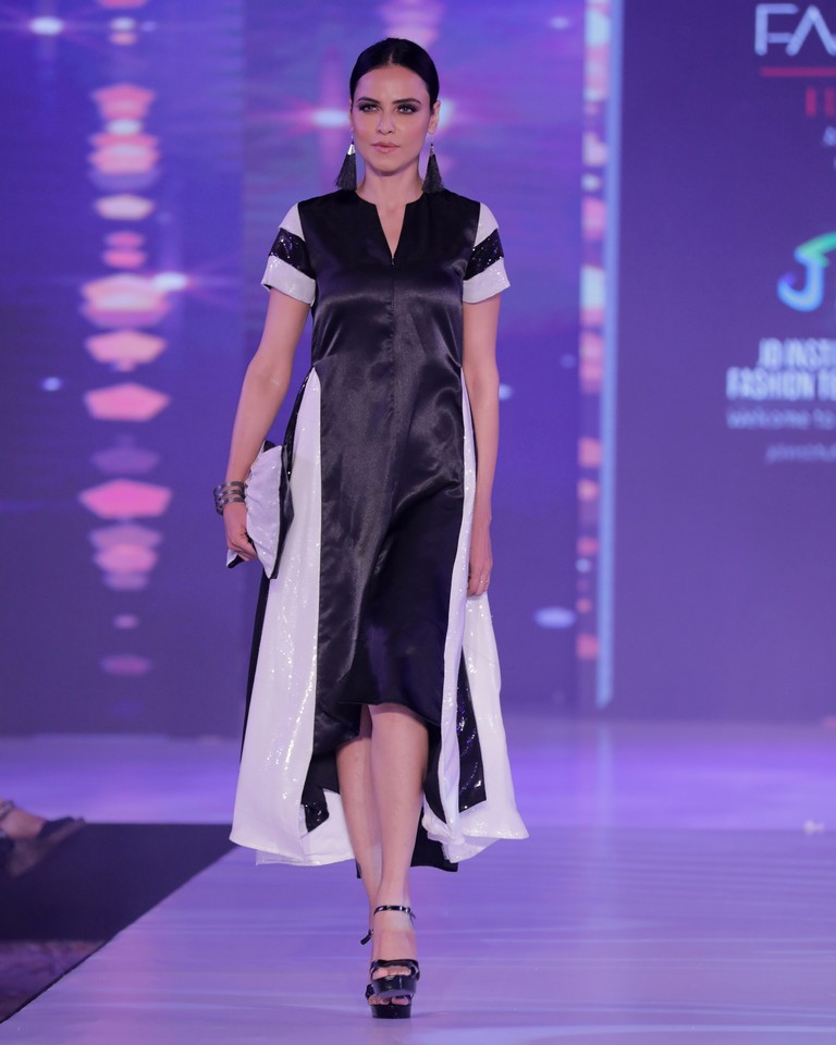 jd institute JD INSTITUTE BRINGING THE BEST VERSION OF DESIGN AT BANGALORE TIMES FASHION WEEK- WINTER FESTIVE EDIT Bangalore Time Fashion Week 2019 14