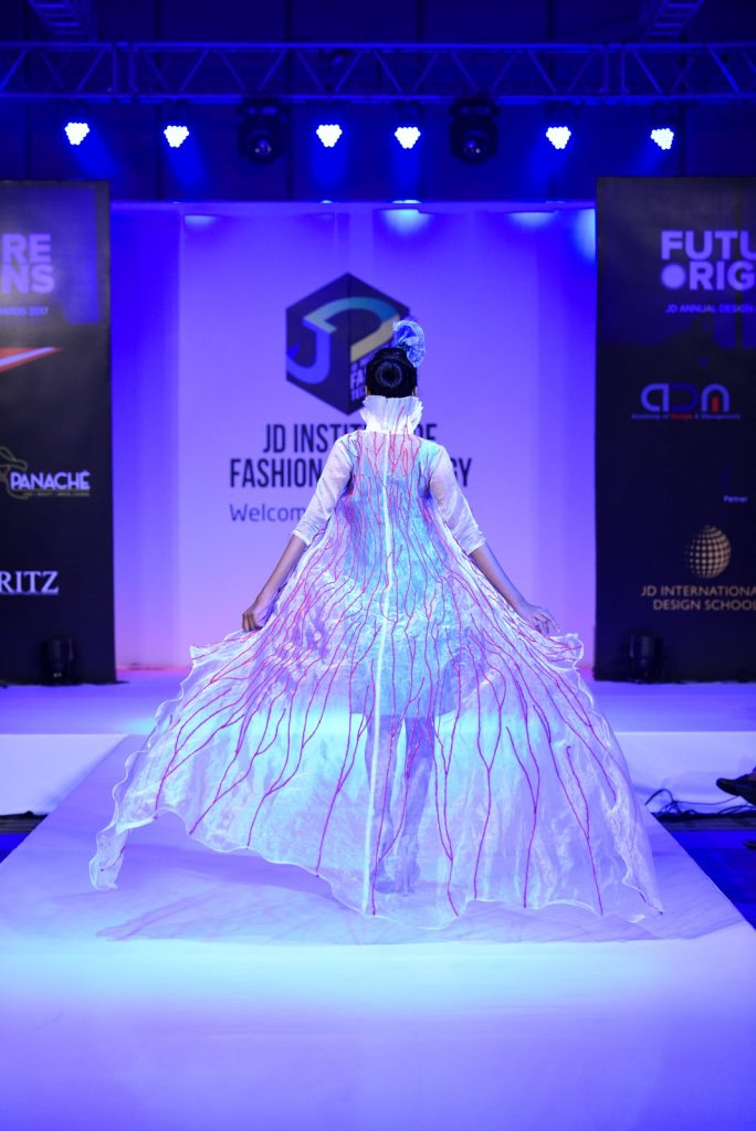 benethic oneiro Benethic Oneiro – Future Origin – JD Annual Design Awards 2017 Benethic Oneiro E28093 Future Origin E28093 JD Annual Design Awards 2017 Cochin 14 684x1024
