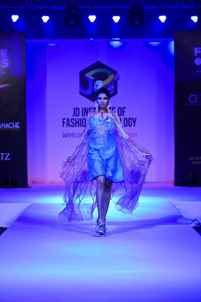 benethic oneiro Benethic Oneiro – Future Origin – JD Annual Design Awards 2017 Benethic Oneiro E28093 Future Origin E28093 JD Annual Design Awards 2017 Cochin 15 684x1024