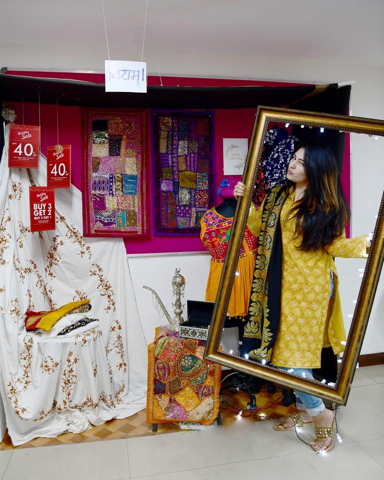essentials of visual merchandising by fashion communication 2019 ESSENTIALS OF VISUAL MERCHANDISING BY FASHION COMMUNICATION 2019 ESSENTIALS OF VISUAL MERCHANDISING BY FASHION COMMUNICATION 2019 2