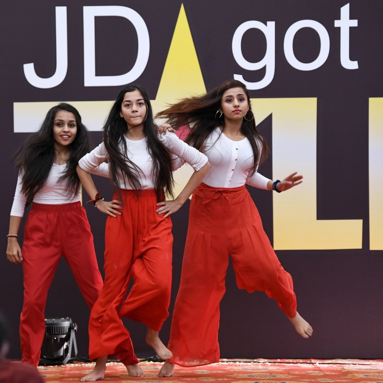 jd got talent JEDIIIANs shimmy their way through JD GOT TALENT JEDIIIANs shimmy their way through JD GOT TALENT 110