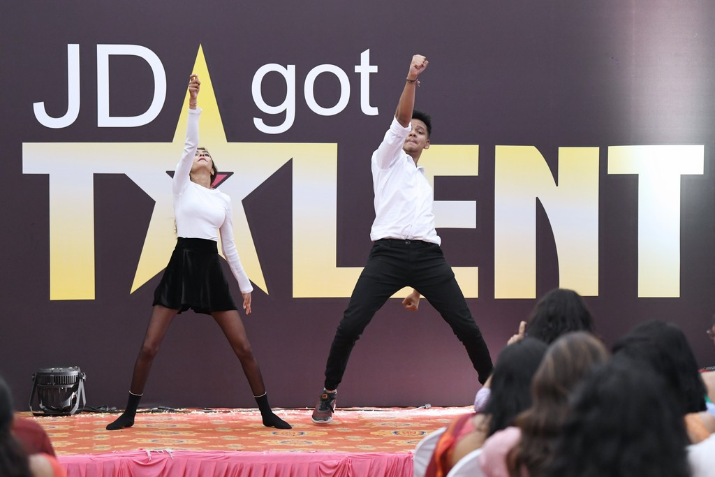 jd got talent JEDIIIANs shimmy their way through JD GOT TALENT JEDIIIANs shimmy their way through JD GOT TALENT 118