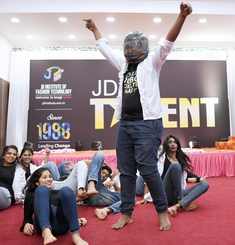 jd got talent JEDIIIANs shimmy their way through JD GOT TALENT JEDIIIANs shimmy their way through JD GOT TALENT 123