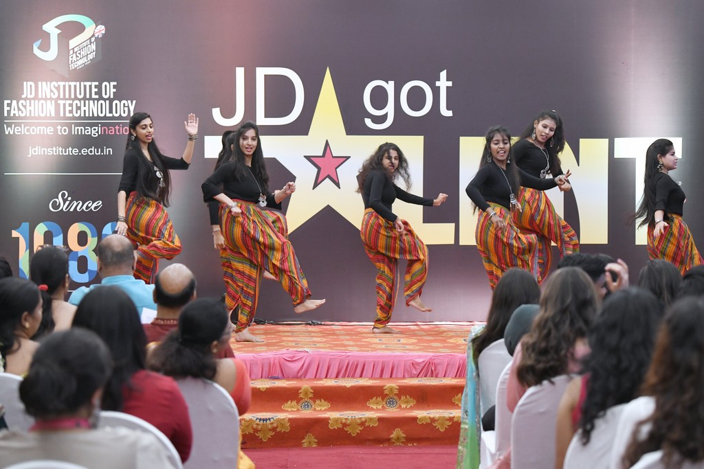 jd got talent JEDIIIANs shimmy their way through JD GOT TALENT JEDIIIANs shimmy their way through JD GOT TALENT 51