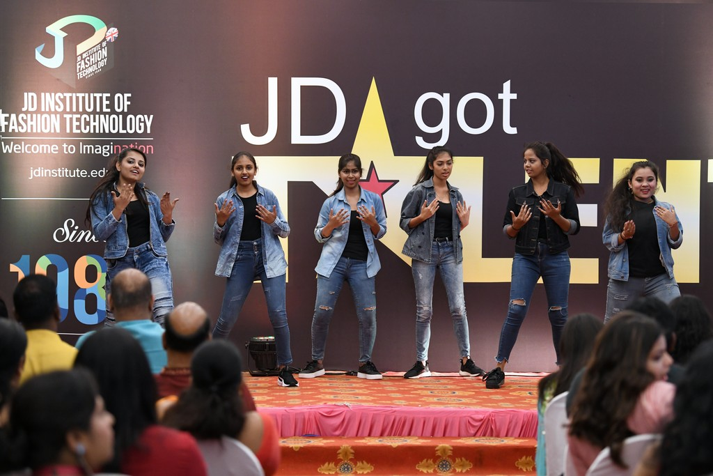 jd got talent JEDIIIANs shimmy their way through JD GOT TALENT JEDIIIANs shimmy their way through JD GOT TALENT 55
