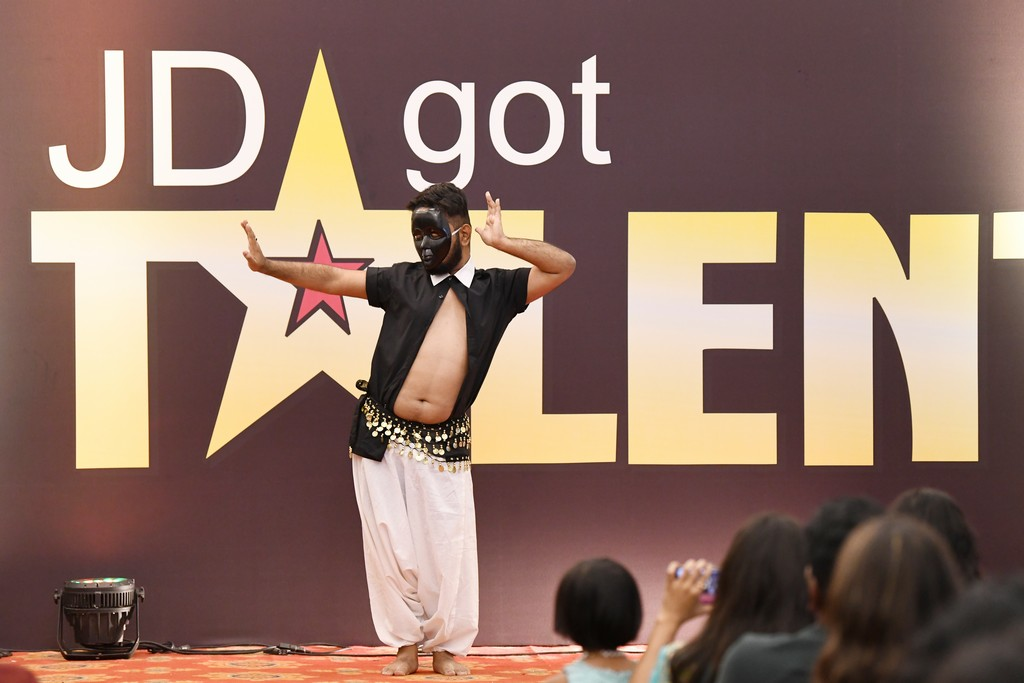 jd got talent JEDIIIANs shimmy their way through JD GOT TALENT JEDIIIANs shimmy their way through JD GOT TALENT 59