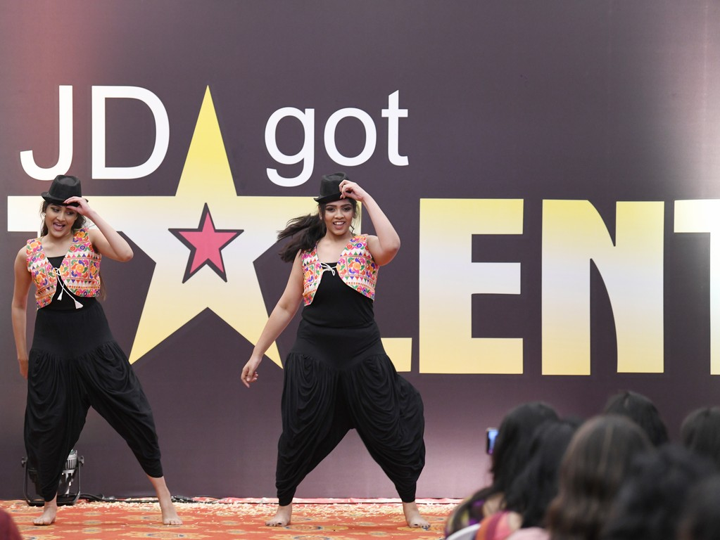 jd got talent JEDIIIANs shimmy their way through JD GOT TALENT JEDIIIANs shimmy their way through JD GOT TALENT 67