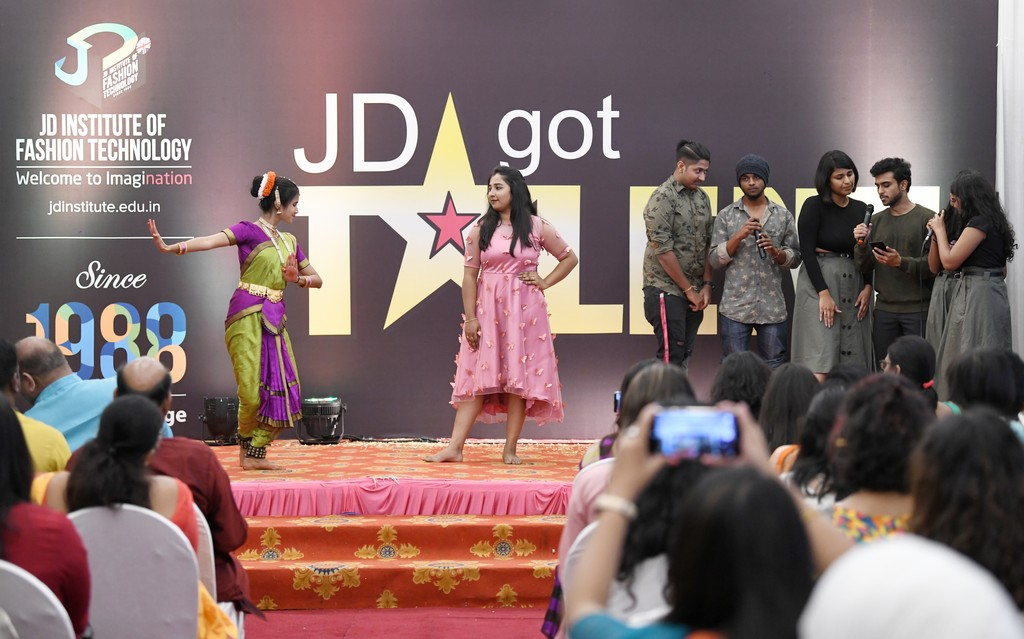 jd got talent JEDIIIANs shimmy their way through JD GOT TALENT JEDIIIANs shimmy their way through JD GOT TALENT 74