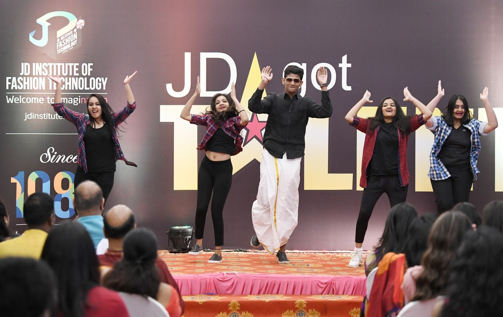 jd got talent JEDIIIANs shimmy their way through JD GOT TALENT JEDIIIANs shimmy their way through JD GOT TALENT 75