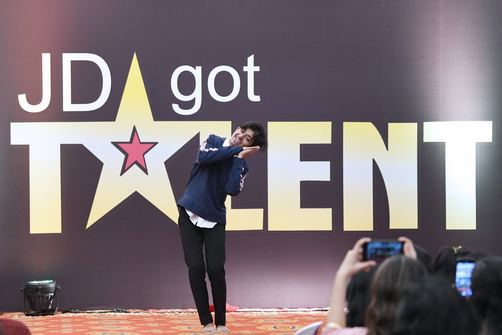 jd got talent JEDIIIANs shimmy their way through JD GOT TALENT JEDIIIANs shimmy their way through JD GOT TALENT 77