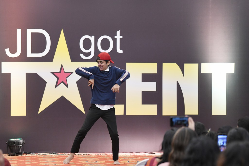jd got talent JEDIIIANs shimmy their way through JD GOT TALENT JEDIIIANs shimmy their way through JD GOT TALENT 78