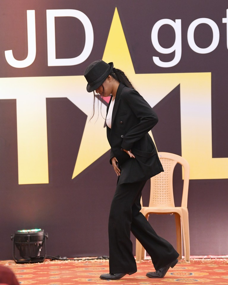 jd got talent JEDIIIANs shimmy their way through JD GOT TALENT JEDIIIANs shimmy their way through JD GOT TALENT 81