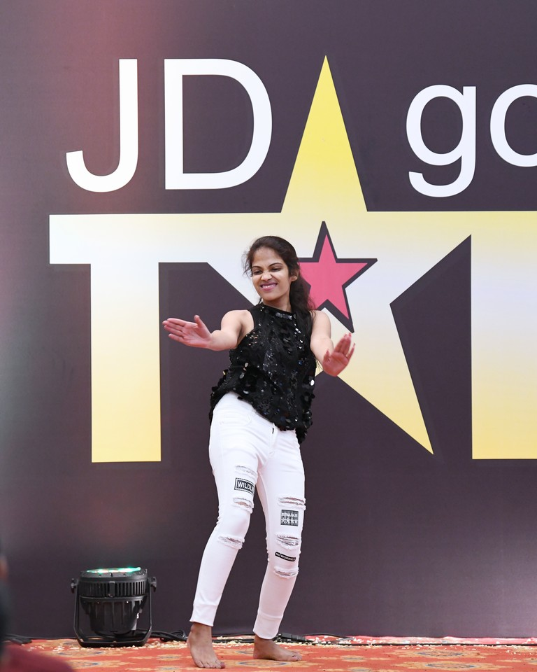 jd got talent JEDIIIANs shimmy their way through JD GOT TALENT JEDIIIANs shimmy their way through JD GOT TALENT 87
