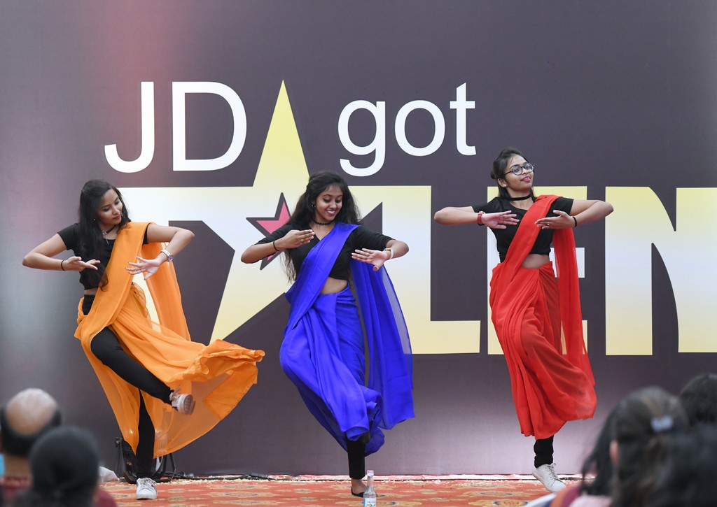 jd got talent JEDIIIANs shimmy their way through JD GOT TALENT JEDIIIANs shimmy their way through JD GOT TALENT 94
