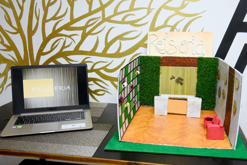 students of interior design display miniature retail space layouts STUDENTS OF INTERIOR DESIGN DISPLAY MINIATURE RETAIL SPACE LAYOUTS STUDENTS OF INTERIOR DESIGN DISPLAY MINIATURE RETAIL SPACE LAYOUTS 5