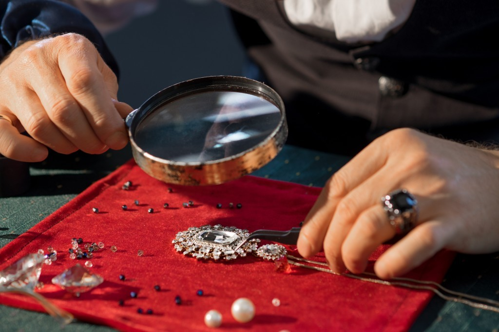 jewellery industry - THE POTENTIAL OF THE JEWELLERY INDUSTRY 1 - THE POTENTIAL OF THE JEWELLERY INDUSTRY