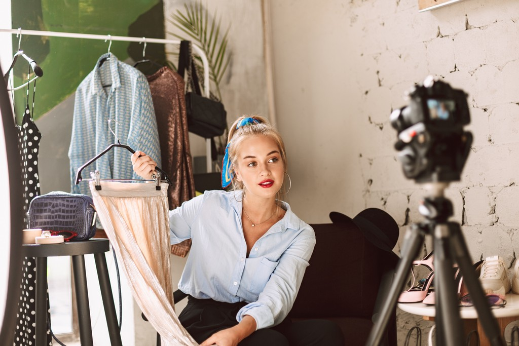 Fashion fashion - What can I become with a Bachelors Degree in Fashion Design 1 - What can I become with a Bachelor's Degree in Fashion Design?