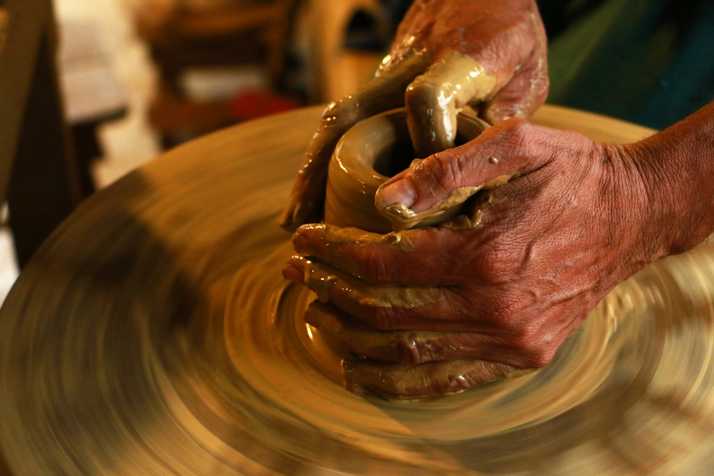 Pottery artisans ARE ARTISANS AND CRAFTSMEN OF OUR COUNTRY GIVEN THEIR DUE? Pottery