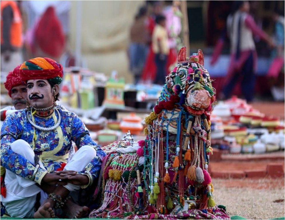 Rajasthani arts artisans - Rajasthani arts - ARE ARTISANS AND CRAFTSMEN OF OUR COUNTRY GIVEN THEIR DUE?