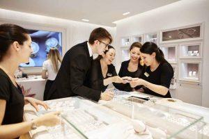 (Image Source: Glassdoor) jewellery design - Sales representative 300x200 - CAREER OPPORTUNITIES POST JEWELLERY DESIGN COURSE