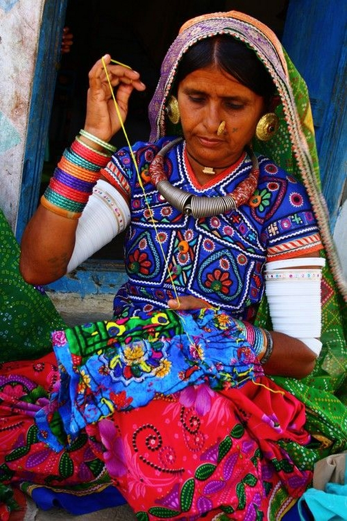 vocal for local - artisan from Gujarat - VOCAL FOR LOCAL IN THE CHANGING ECONOMIC LANDSCAPE