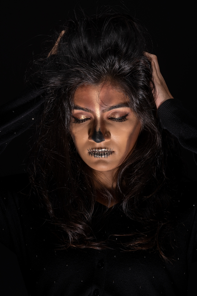 skull boss babe makeup - Halloween Makeup Ideas - Recreate Skull Boss Babe Makeup a Halloween Classic in 7 easy steps
