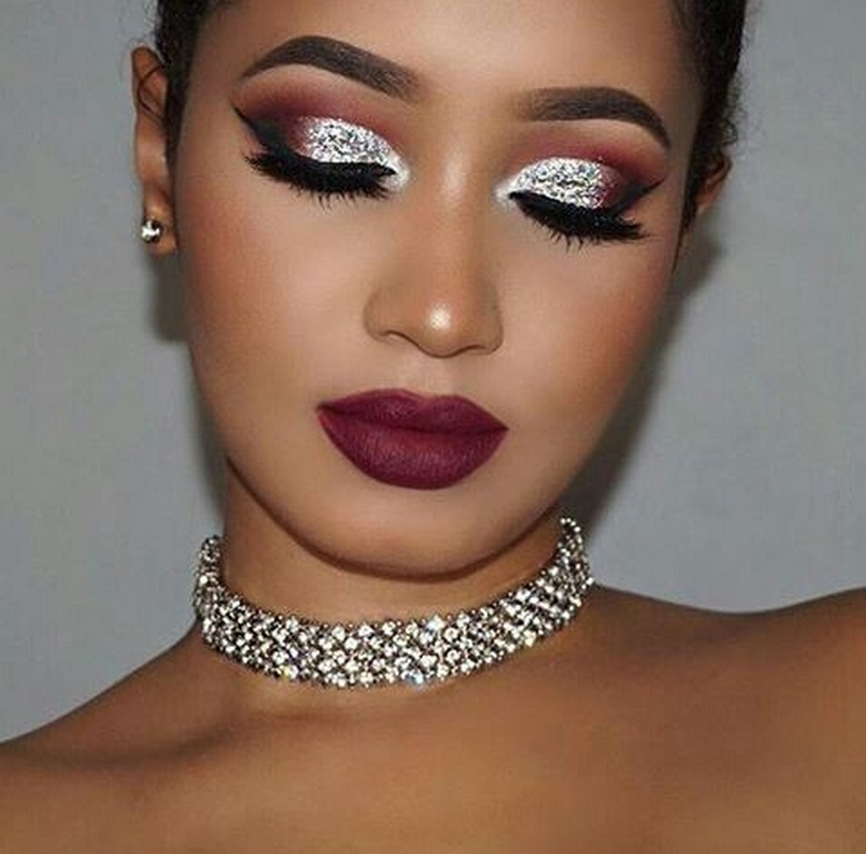 makeup tips - Glitter makeup - Makeup Tips for a flawless Diwali Look!
