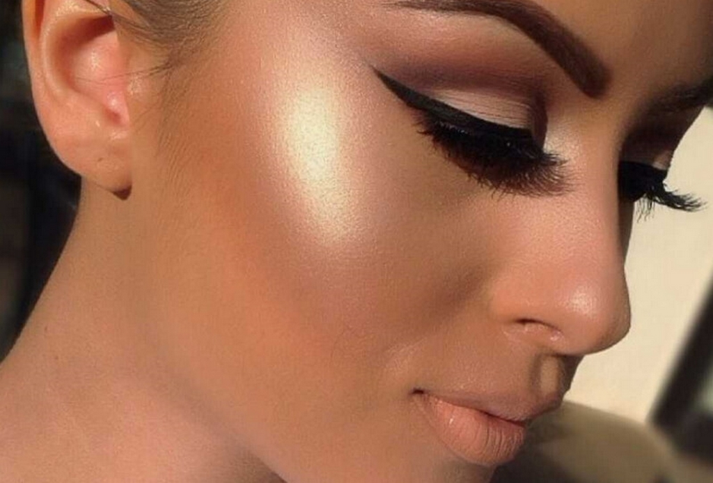 Highlighter makeup tips - Highlighter - Makeup Tips for a flawless Diwali Look!