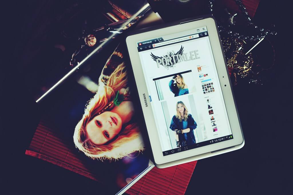 Unfolding Fashion Journalism: From Rising to Scope fashion journalism - Digital Magazine - Unfolding Fashion Journalism: From Rising to Scope