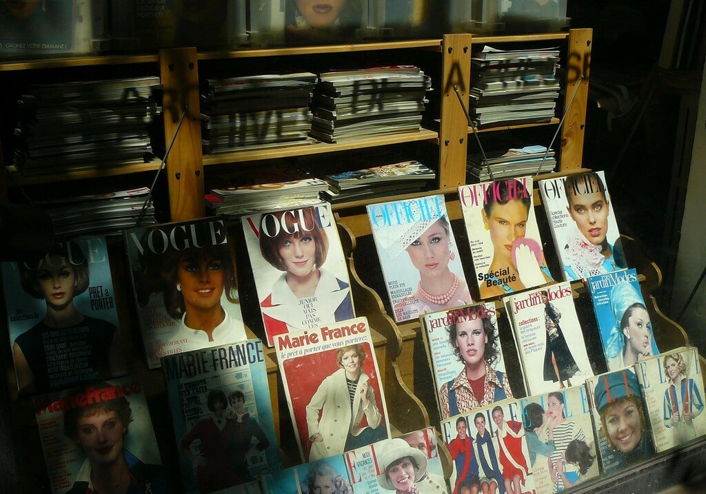 Unfolding Fashion Journalism: From Rising to Scope fashion journalism - Magazines - Unfolding Fashion Journalism: From Rising to Scope